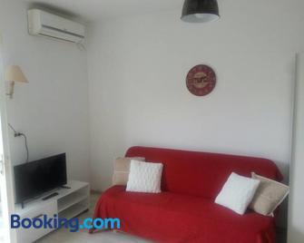 Family House Lise - Млини - Living room