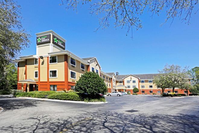 Extended Stay America - Jacksonville - Lenoir Avenue East - Jacksonville - Building