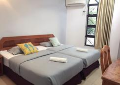 Sherwinton Hotel - Mentekab - Bedroom