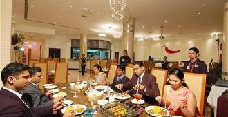 Ramee International Hotel - מאנאמה