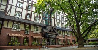 Park-Hotel Golosievo - Kyiv - Edifício