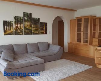 Ferienwohnung Kathrin - Mariahof - Wohnzimmer