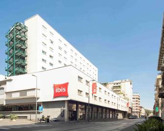 Ibis Milano Centro - Milão - Edifício