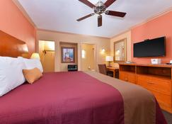 Americas Best Value Inn Porterville - Porterville - Bedroom