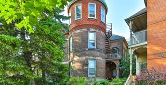 The West House - Τορόντο - Κτίριο