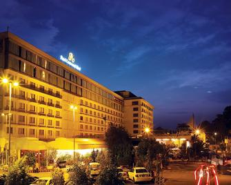 Pearl Continental Lahore - Lahore - Gebouw