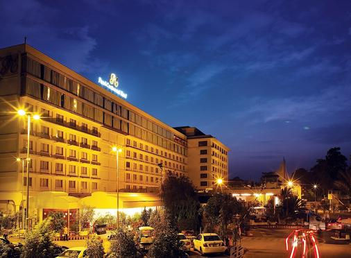 Pearl Continental Hotel, Lahore - Lahore - Building