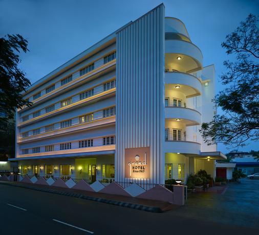 Grand Hotel - Kochi - Building