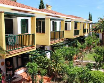Elia Apartments - Afytos - Gebouw