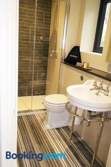 The Thomas Lord - Soberton - Bathroom