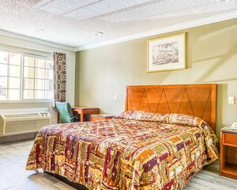 Hotel Whittier, Ca I-605 - Whittier - Bedroom
