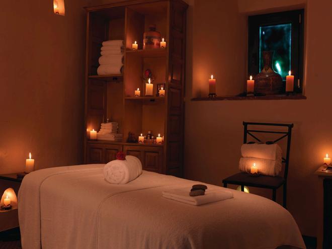 Belmond Hotel Monasterio - Cusco - Bedroom