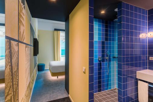 Room Mate Bruno - Rotterdam - Bathroom