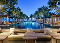 Naman Retreat - Câu Hà - Bar