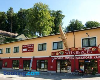 Wohnen beim Bäcker Weinberger - Ybbs an der Donau - Building