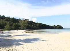 Nice Beach Bungalow - Koh Rong - Beach