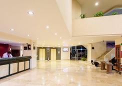 Best Western Plus Gran Hotel Morelia - Morelia - Lobby