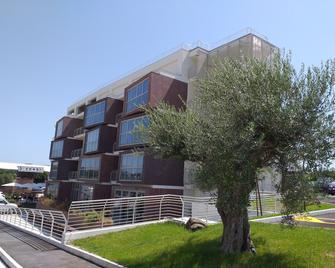 Residence Smeraldo - Grottaferrata - Building