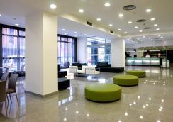 NH La Avanzada - Bilbao - Lobby