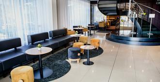 Hotel Golf - פראג - לובי