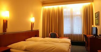 Kurfürst Am Kurfürstendamm - Berlin - Bedroom