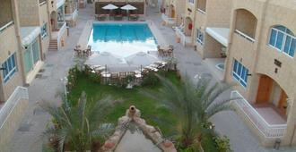 Verona Resort - Шарджа - Бассейн