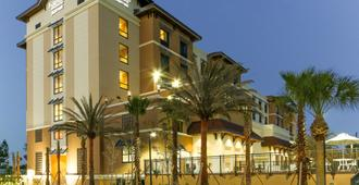 Fairfield Inn & Suites Clearwater Beach - Clearwater Beach - Edificio