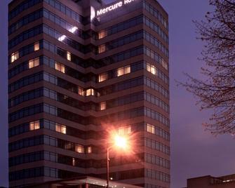 Mercure Cardiff Holland House Hotel & Spa - Cardiff - Building