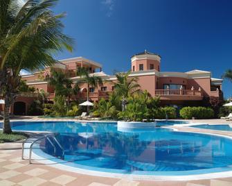 Hotel Las Madrigueras Golf Resort & Spa - Arona - Havuz
