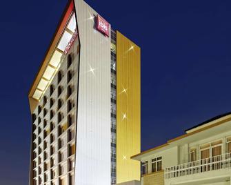 ibis Padang - Padang - Edifício