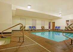 朱諾謝爾西蒙斯道 - 美國長住酒店 - 朱諾 - 朱諾 - 游泳池