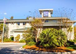Sleep Inn Mt. Pleasant - Charleston - Mount Pleasant - Outdoors view