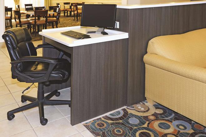 諾福克機場拉昆塔套房酒店 - 諾福克 - 諾福克(弗吉尼亞州) - 商務中心