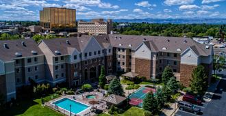 Staybridge Suites Denver-Cherry Creek - Glendale - Bâtiment