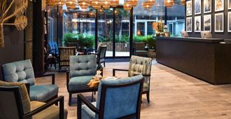 Hotel l'Arbre Voyageur, BW Premier Collection - Lille - Resepsjon