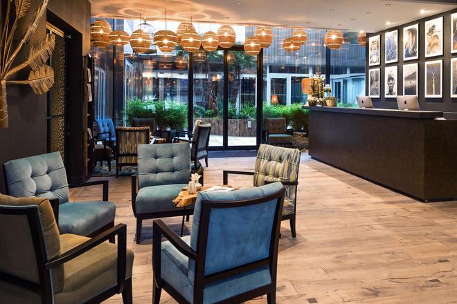 貝斯特韋斯特高級精選喬木旅行者酒店 - 里耳 - 里爾 - 大廳