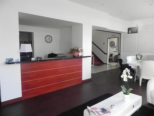 Hotel La Perriere - Lorient - Vastaanotto