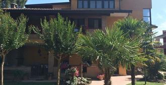 B&B Dai Nonni - Comacchio - Gebäude