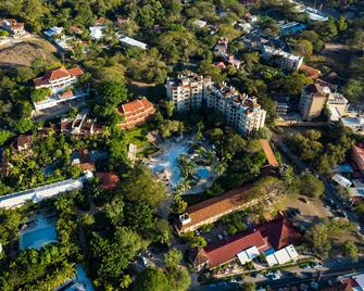 Hotel Tamarindo Diria Beach Resort - Tamarindo - Будівля