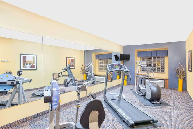 Microtel Inn & Suites by Wyndham Chili/Rochester Airport - Rochester - Gym