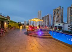 Ramada Plaza Panama Punta Pacifica - Panama City - Building
