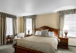 Liberty Hotel, an Ascend Hotel Collection Member - Cleburne - Bedroom