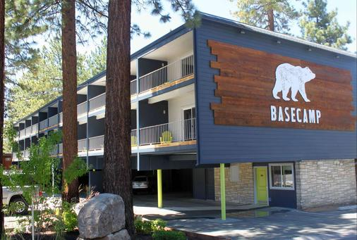 Basecamp South Lake Tahoe - South Lake Tahoe - Building