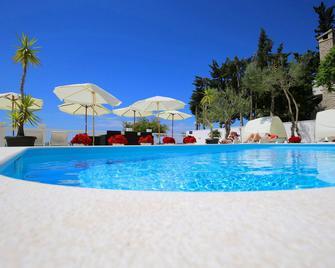 Villa Triana - Zadar - Piscina
