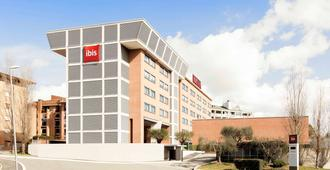 Ibis Roma Fiera - Rome - Building