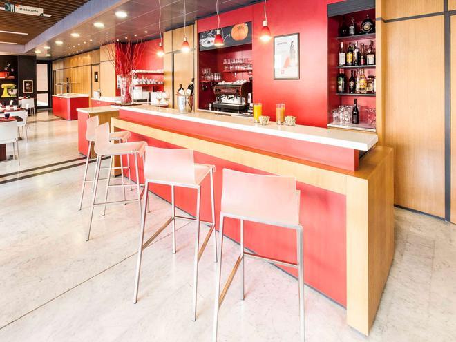 Ibis Roma Fiera - Rome - Bar