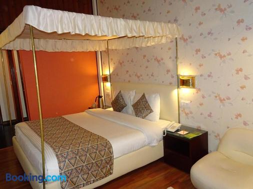 Honeymoon Inn - Shimla - Bedroom
