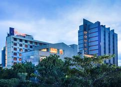 Mercure Surabaya - Surabaya - Edificio