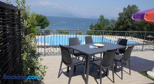 Camping Villaggio San Giorgio Vacanze - Manerba del Garda - Balcony