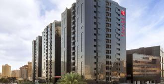 Ramada Hotel & Suites by Wyndham Ajman - עג'מאן